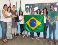 Visando resgatar valores de cidadania, Aicita e Facesp entregam bandeira à escola itatibense