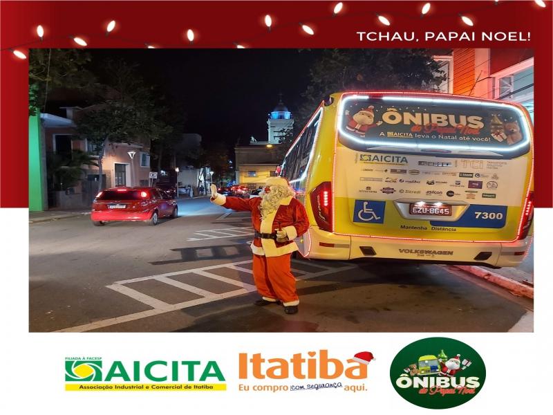 Aicita espalha o clima natalino por 19 dias ininterruptos com Ônibus do Papai Noel